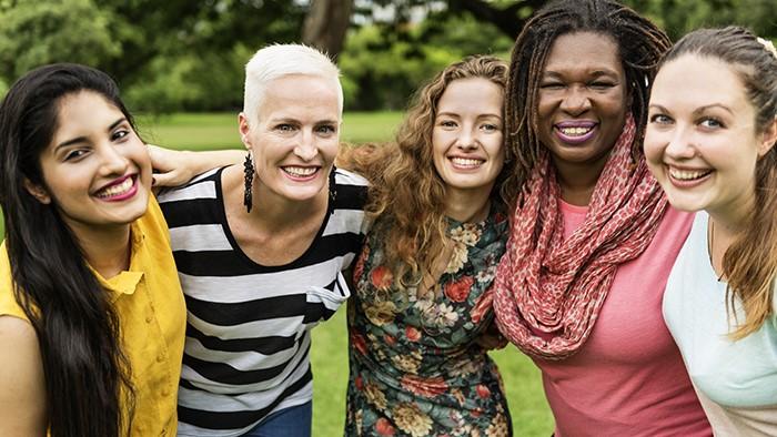 5 women in a park