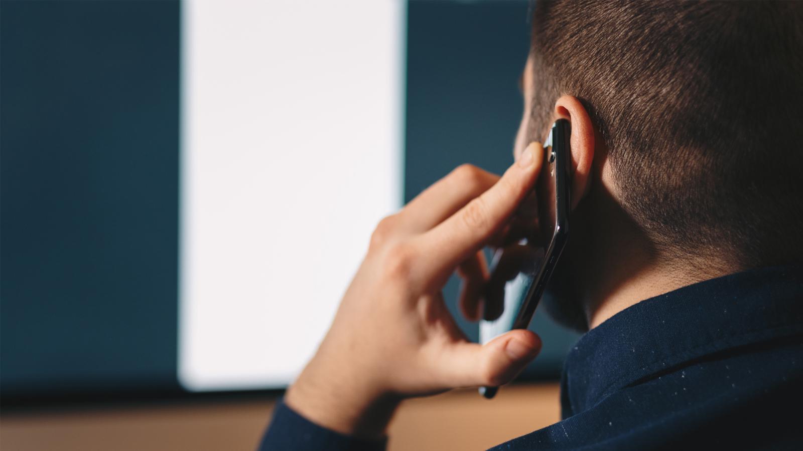 Do Cell Phones Pose a Health Hazard? | FDA