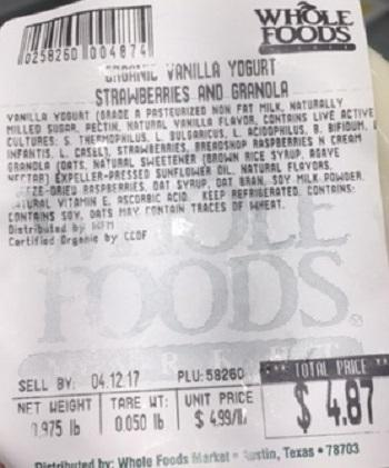 """Organic Vanilla Yogurt, Strawberries and Granola (store label)"""