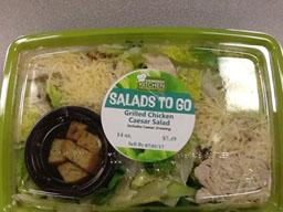 """Photo:  Primary Label – DIEBERGS KITCHEN SALAD Grilled Chicken Caesar Salad 14 oz."""