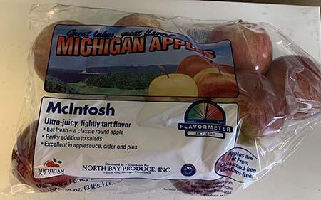 """McIntosh apples Great Lakes Great Flavor Michigan Apples 3lb. Plastic Bag"""
