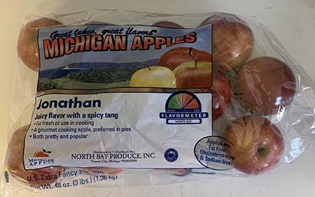 """Jonathan apples Great Lakes Great Flavor Michigan Apples 3lb. Plastic Bag"""