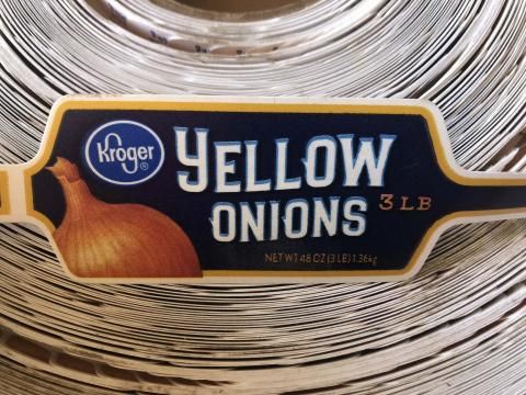 """Product label, Kroger Yellow Onions 3 LB"""