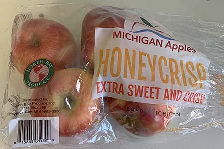 """Honeycrisp apples North Bay Produce Michigan Apples 3lb. Plastic Bag"""