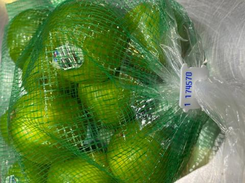 Image showing limes in mesh bag displaying tag 174570