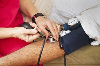 ¿Puede la hipertensión por sí sola causar ed?